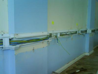 Dado trunking was used for the multiple outlets that the IT Suite requires.